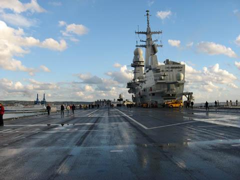 La portaerei cavour orgoglio della marina militare - Nave portaerei ...