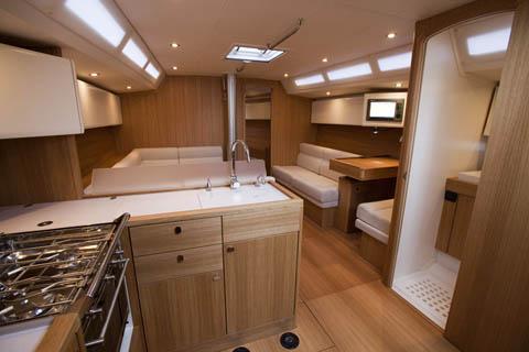 Solaris one 44 barche a vela nautica report for Arredamento yacht