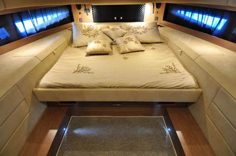 Sacs strider 18 gommoni e tender nautica report for Piani di cabina di 800 piedi quadrati