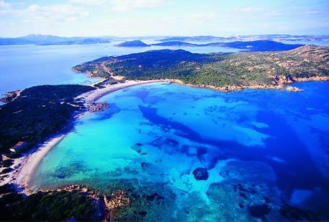 Isola di caprera la maddalena ot turismo e ormeggi for Isola che da il nome a un golfo della sardegna