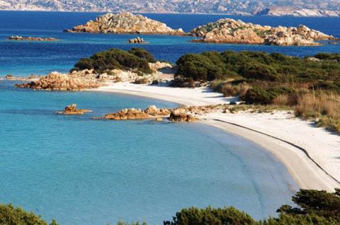 Le isole di spargi e budelli la maddalena ot turismo e ormeggi nautica report - Isola di saona piscine naturali ...
