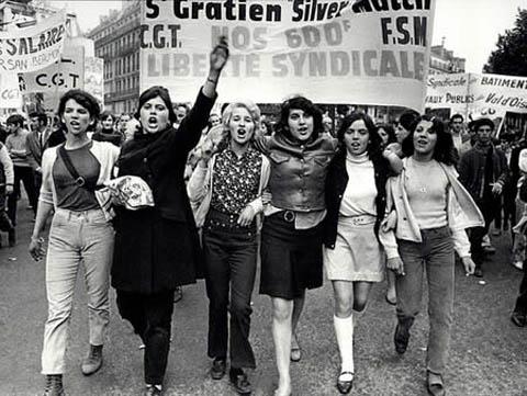 Maggio 1968 39 39 proibito proibire 39 39 report nautica report for Disegni del mazzo sul basamento degli scioperi