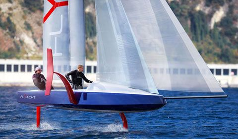 Philippe Briand unveils the new 6.5m Flyacht concept