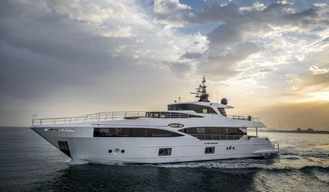 Gulf Craft Majesty 100: European Debut at the Cannes Yachting Festival