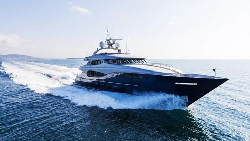 Camper & Nicholsons announces the sale in 2021 of a Vulcan 46 from Vicem Yachts